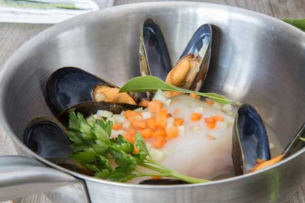 halibut-with-mussels_blg.jpg