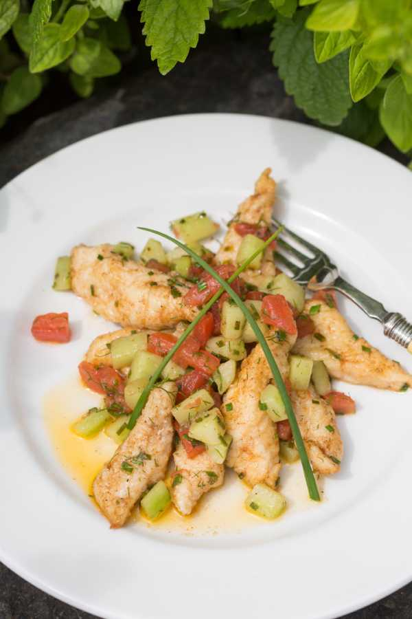 Fillets of sole wit tomato & Cucumber_blg.jpg